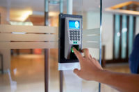 ¿Qué son los controles de acceso y cuál es su funcionalidad?